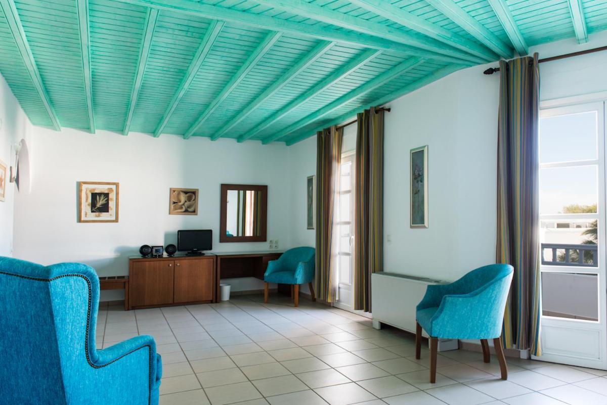 Photo - Poseidon Hotel Suites
