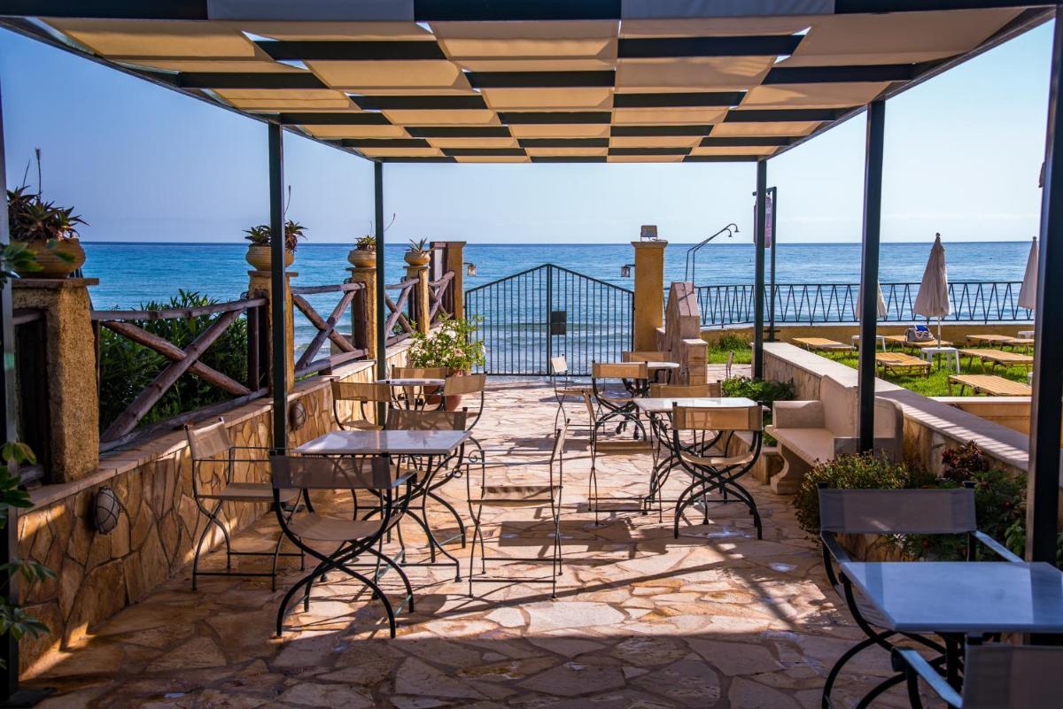 Photo - Andreolas Luxury Suites