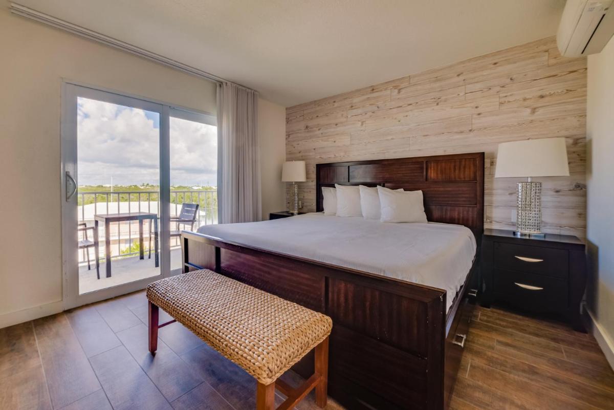 Photo - Skipjack Resort & Marina