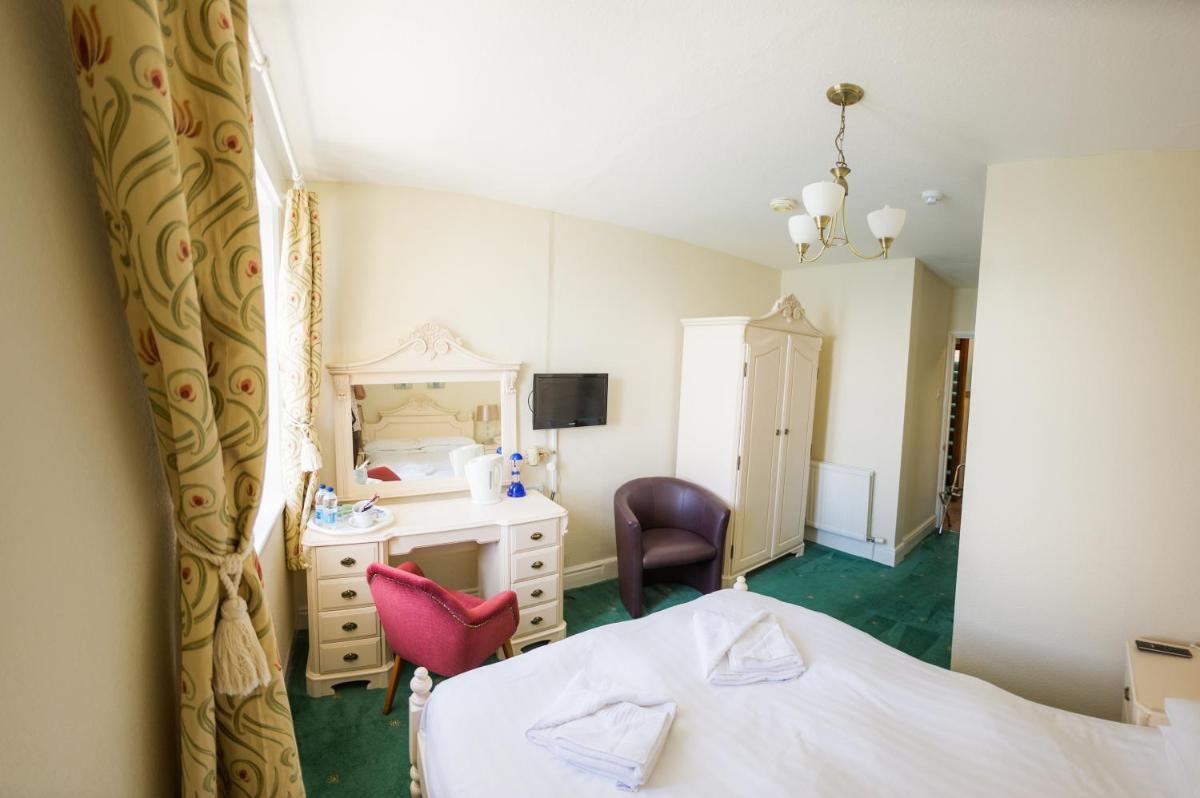 Photo - Queensbridge Hotel