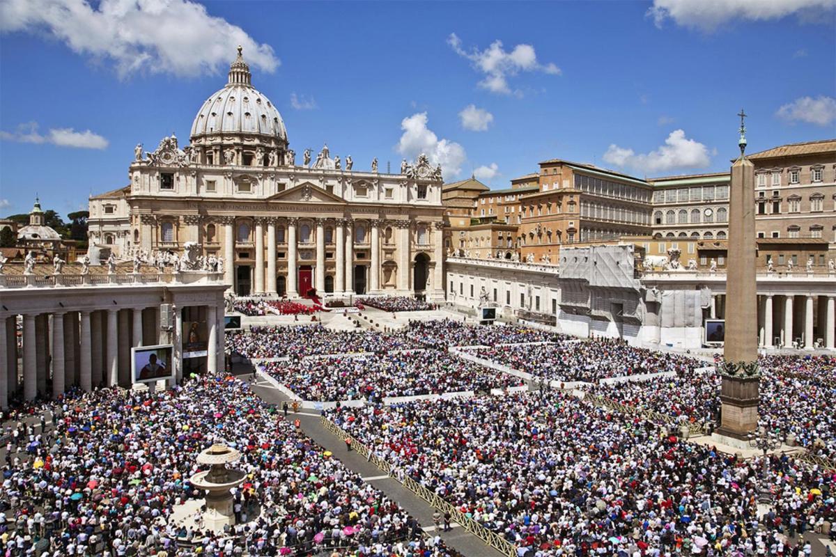 Photo - My Bed Vatican Museum