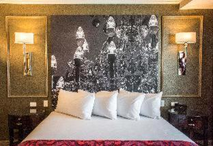 Photo - The Delavan Hotel