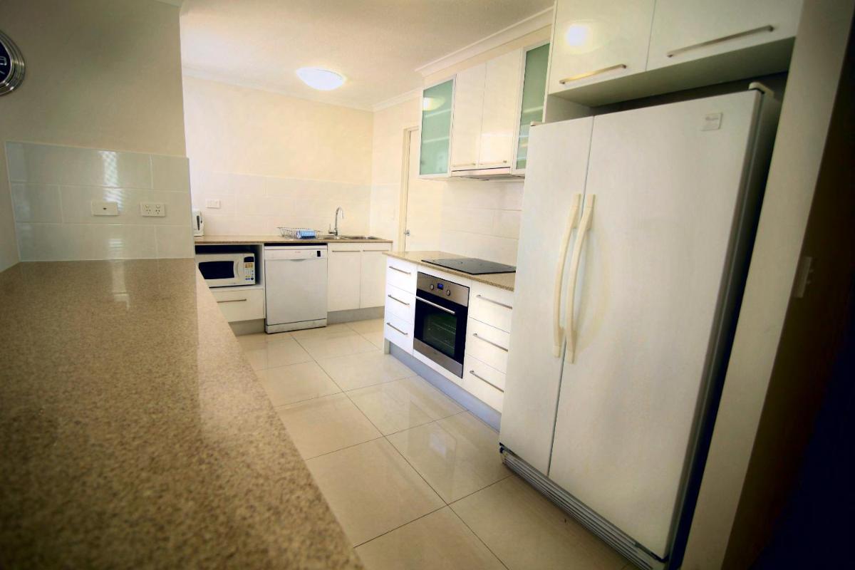 Photo - Grosvenor Beachfront Apartments