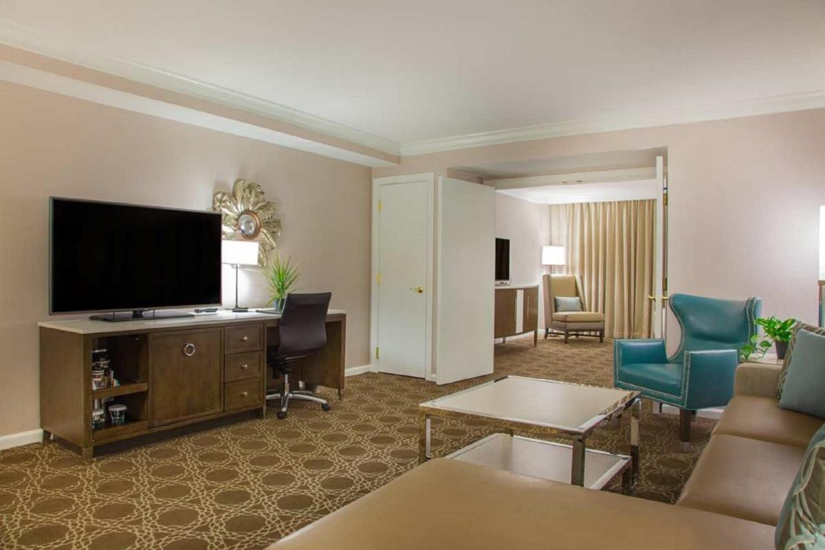 Foto - Hilton New Orleans / St. Charles Avenue