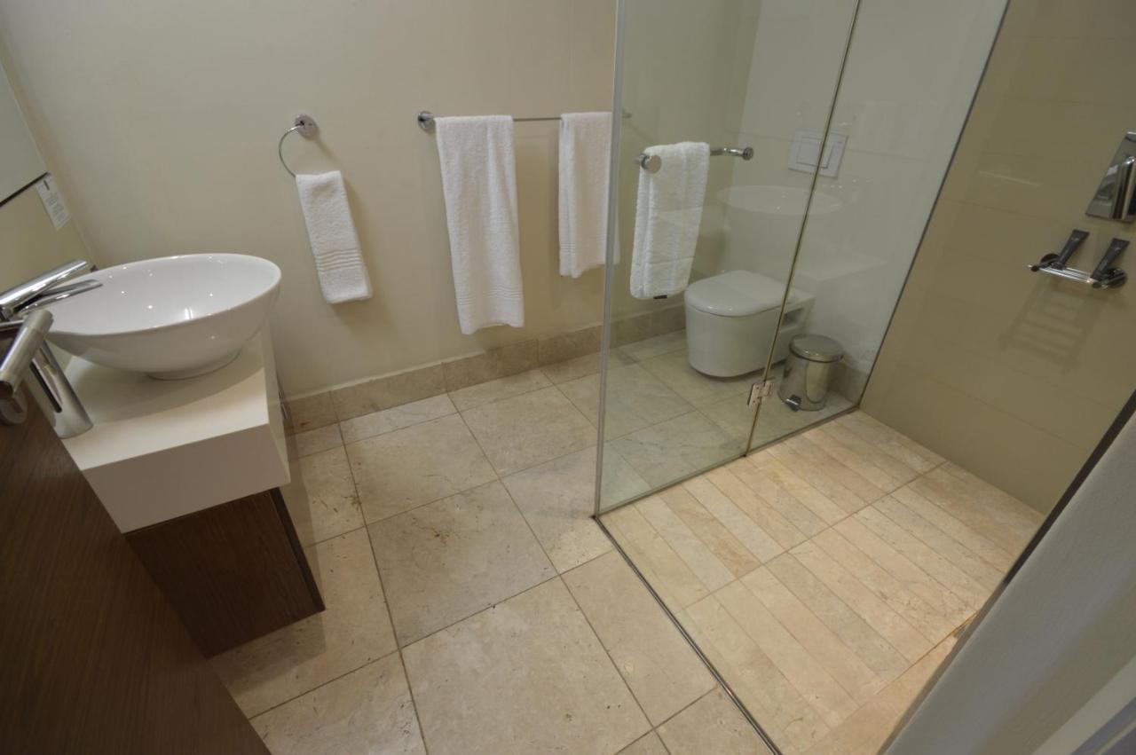 Foreshore Luxury Apartments-photo24