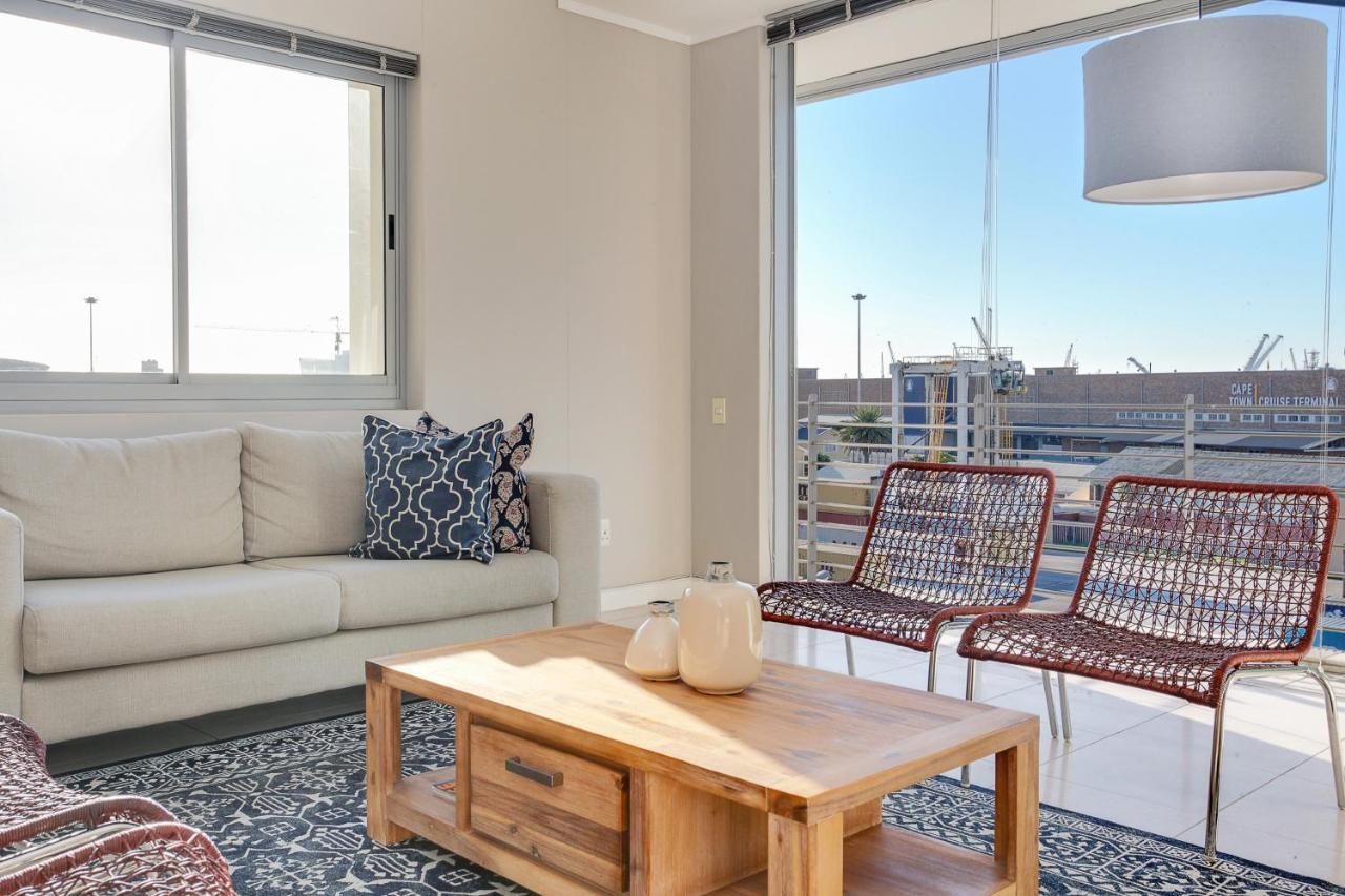 Foreshore Luxury Apartments-photo135