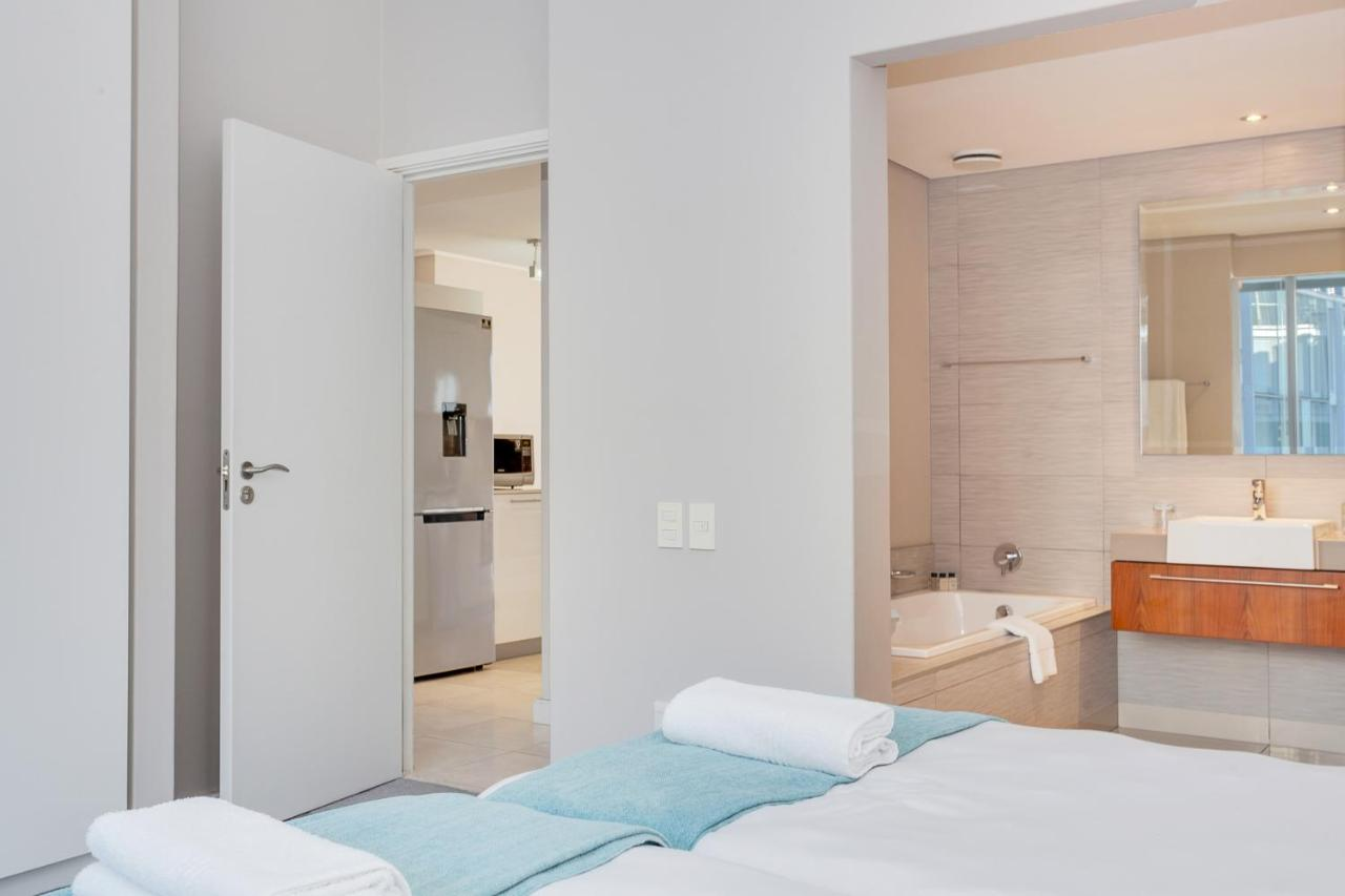 Foreshore Luxury Apartments-photo96