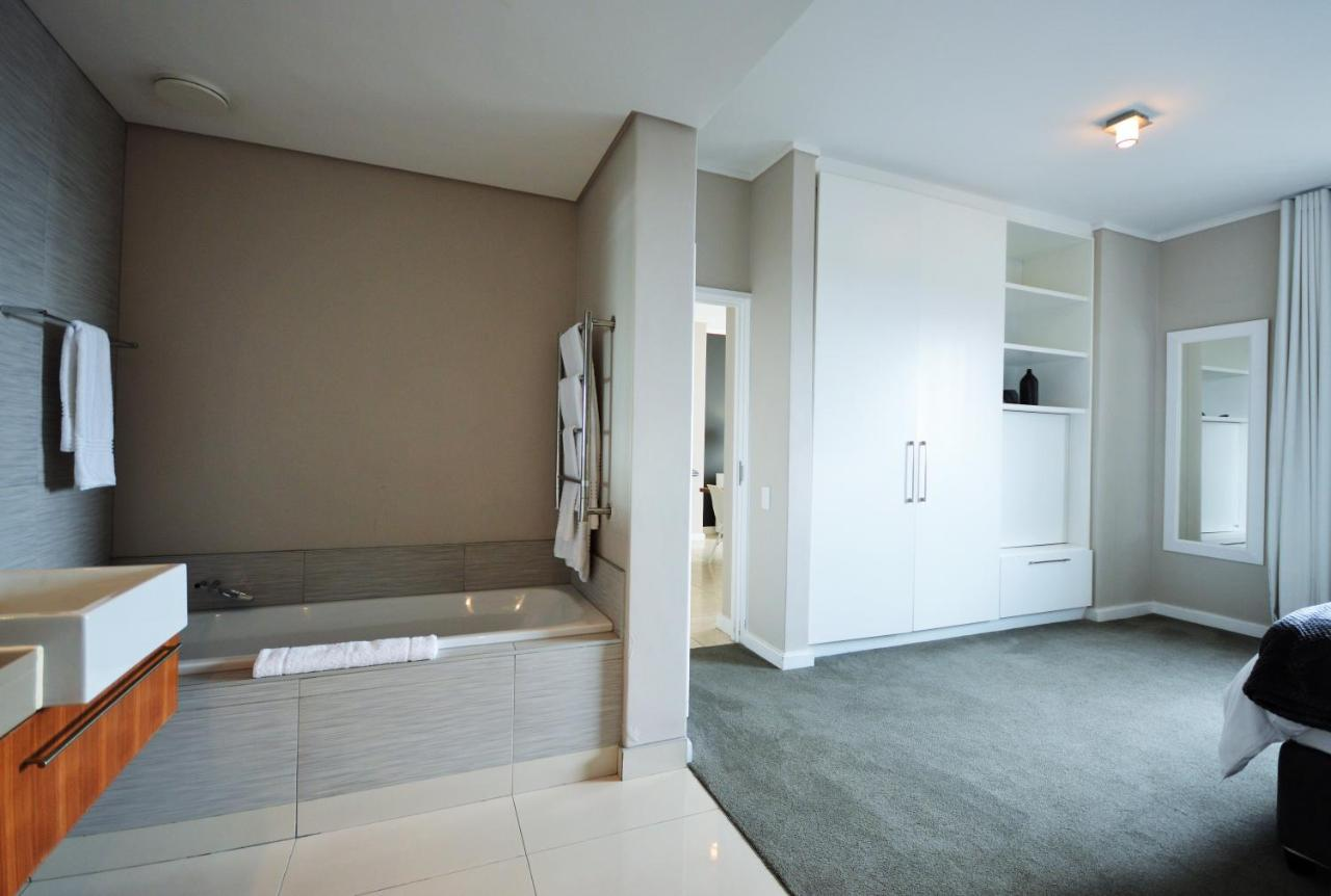 Foreshore Luxury Apartments-photo102