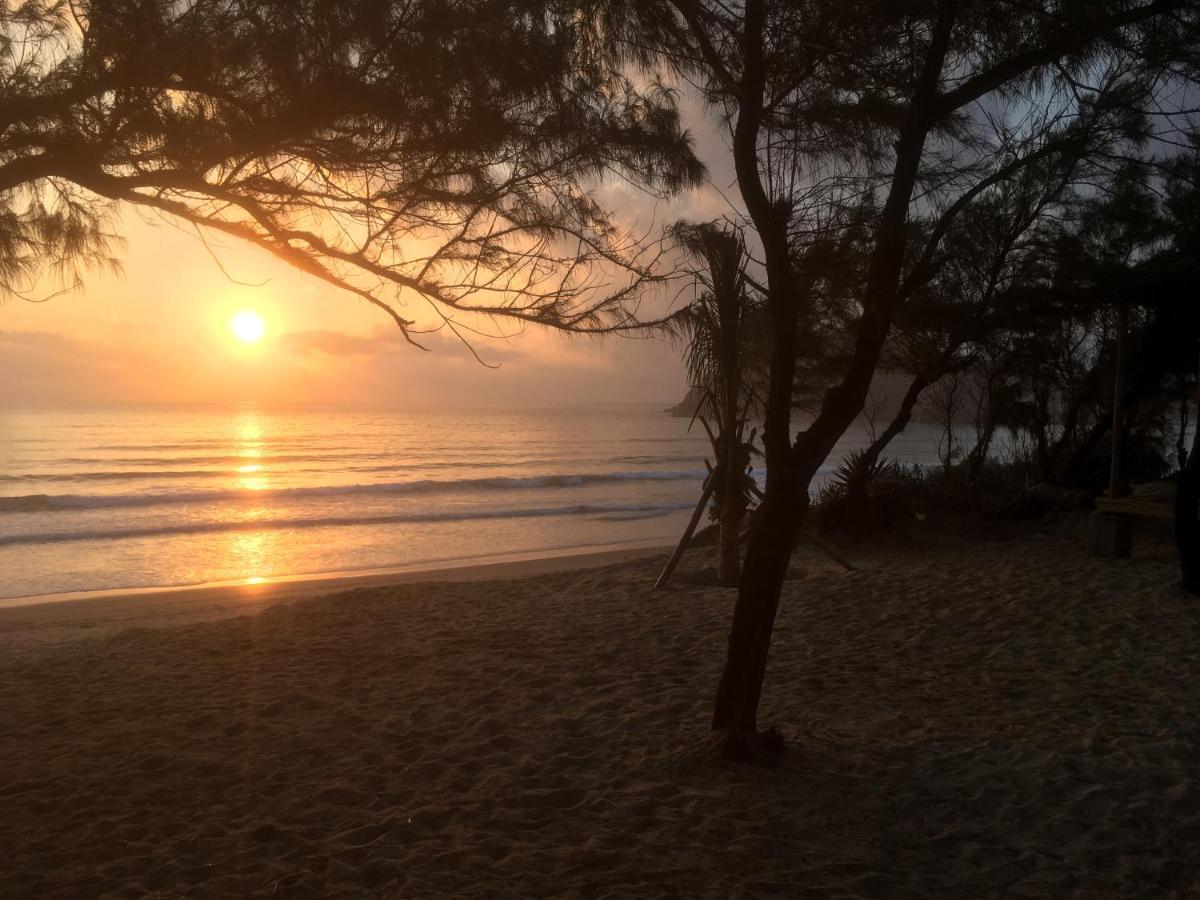 Combo Free & Easy: Hoa Lan Resort và vé máy bay khứ hồi