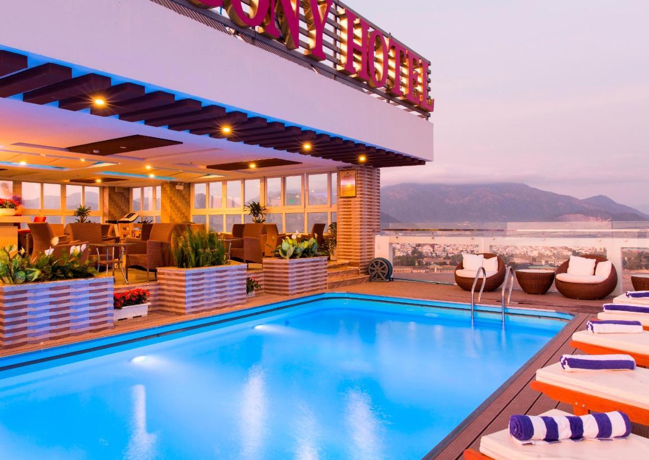 Combo Free & Easy: Balcony Nha Trang Hotel và vé máy bay khứ hồi