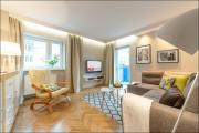 PO Apartments Chmielna