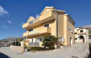 Apartments with a parking space Solin Split 14251