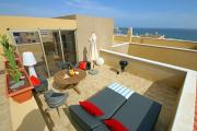 Superb luxury duplex attic with ocean view pool and WiFi