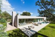 Exclusive Modern Villa in Privileged Location