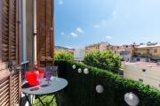 PAPON MAGNIFIQUE 3PIECES LUMINEUX BALCON NICE CENTRE Place Garibaldi