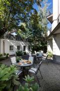 Apartament na patio by Willa Marea