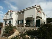 Apartments by the sea Tisno Murter 809
