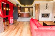 Dom VIP czerwony