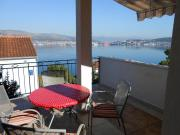 Apartments by the sea Okrug Donji Ciovo 12310