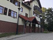 Dwupoziomowy duży apartament w Szklarskiej Porębie z garażem i sauną