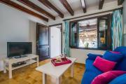 Cala San Vicente Apartment Sleeps 6 Air Con WiFi
