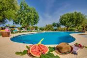 Santa Margalida Villa Sleeps 8 Pool Air Con WiFi