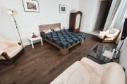 New Luxury central two bedroom apartment