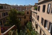Vatican apartment 3BD 1 BA
