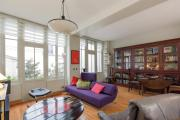 Spacious 2br close to the Eiffel Tower
