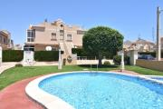 Penthouse Torrevieja near the pool