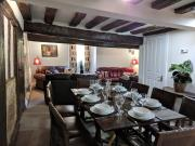 Cotswolds Valleys Accommodation Medieval Hall Exclusive use character three bedroom holiday apartment