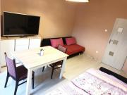 Huge room with netflix and coffemachine