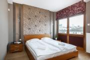 Apartments Warsaw Piękna by Renters