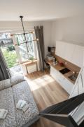 Cosy Apartments at the Ghetto Heroes Square by Apart Service