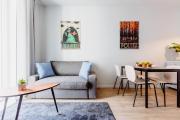 Kings City Lea Apartment
