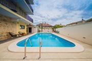Stone Villa Lemon with pool in Vis