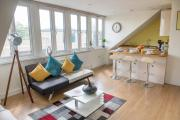 LUXURIOUS 2 bedroom penthouse in the HEART Cambridge
