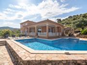 Cozy Villa in Roquebrun with Swimming Pool