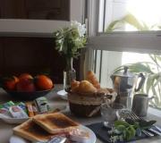 APARTAMENTO CENTRO JUNTO al PASEO de BEGOÑA con Desayuno