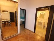 Hostel Chmielna 5 Rooms Apartments