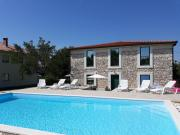 Family friendly apartments with a swimming pool Pomer Medulin 17681