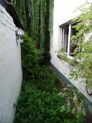 Mur 4 Apartament z ogródkiem