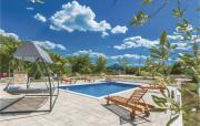 ThreeBedroom Holiday Home in Sukosan Glavica