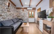 TwoBedroom Holiday Home in Medancici