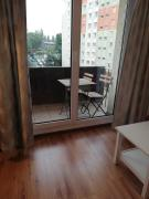 Comfortable Apartament 14km from Spodek