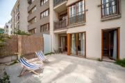 Very Berry Maratonska 3 Business Apartment garden check in 24h