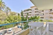 Beau T3 centre Cannes dans résidence de standing