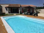Très jolie location vacances climatisée 6 personnes proche des Baux de Provence située au coeur des Alpilles à Mouriès LS1312 Clarta
