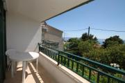 Apartments with a parking space Makarska 6791