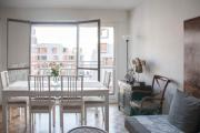 HostnFly apartments Beautiful bright and modern studio with balcony